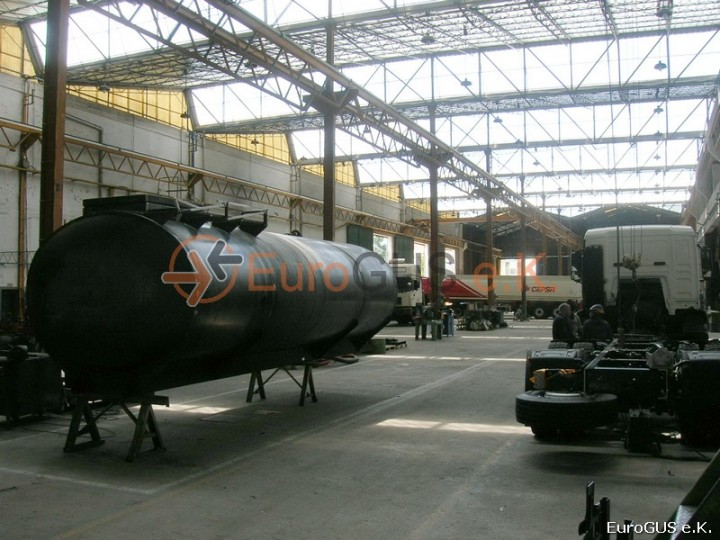 завод по производству Автотопливозаправщиков в испании